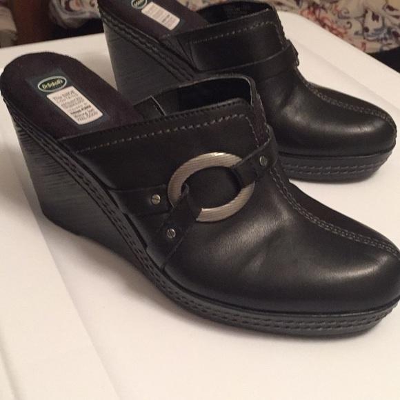 Dr. Scholl's Shoes - Dr. Scholl's Black leather Burner mules size 7.5 M